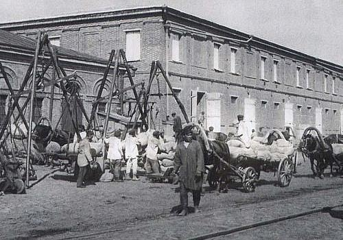Парамоновские склады